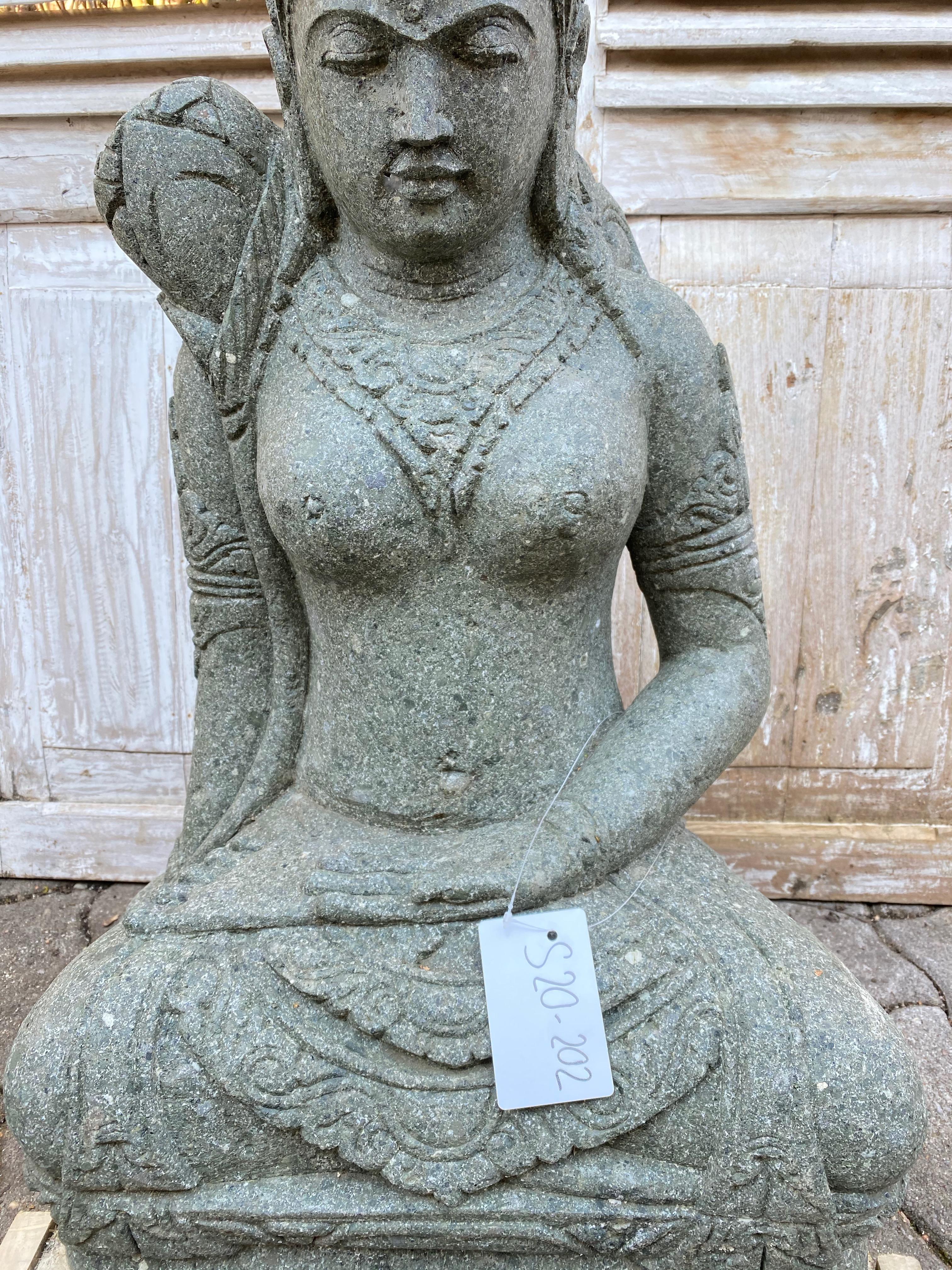 Göttin Dewi Gartenstatue 80 cm