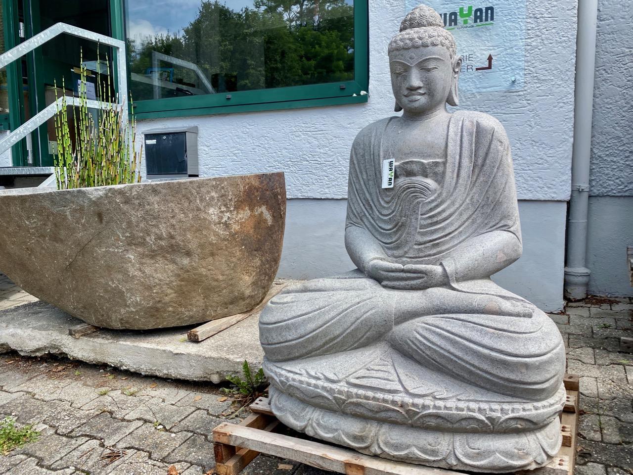 Weisser Flussstein Buddha 120 cm