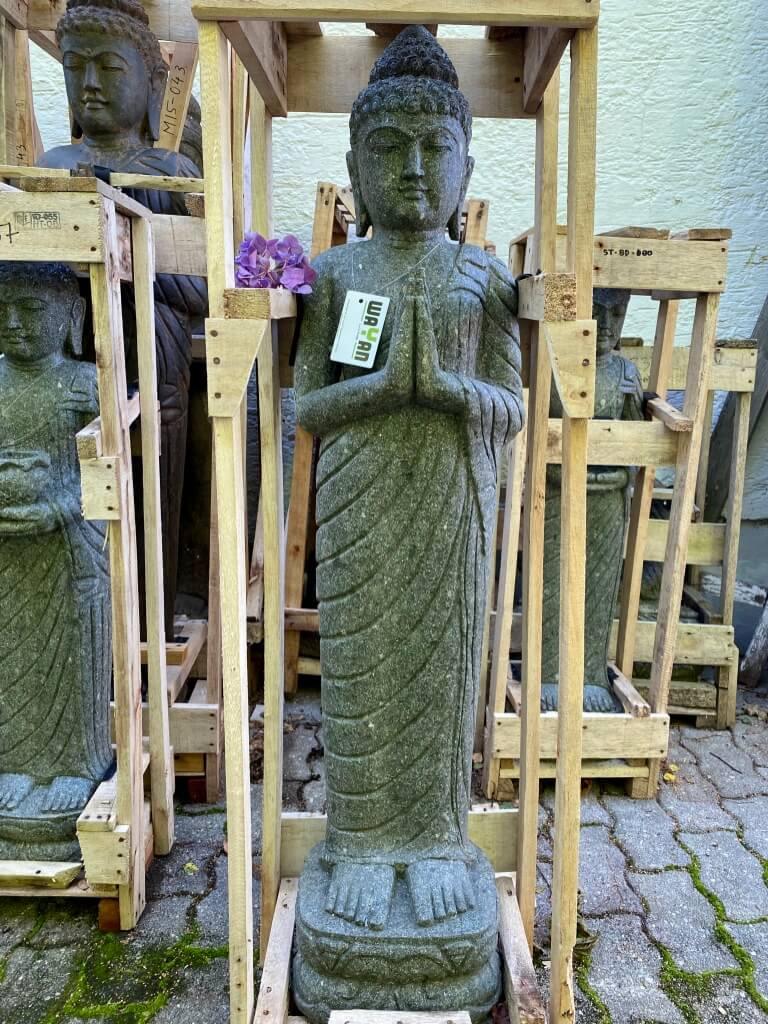 Buddha Steinskulptur stehend 120 cm