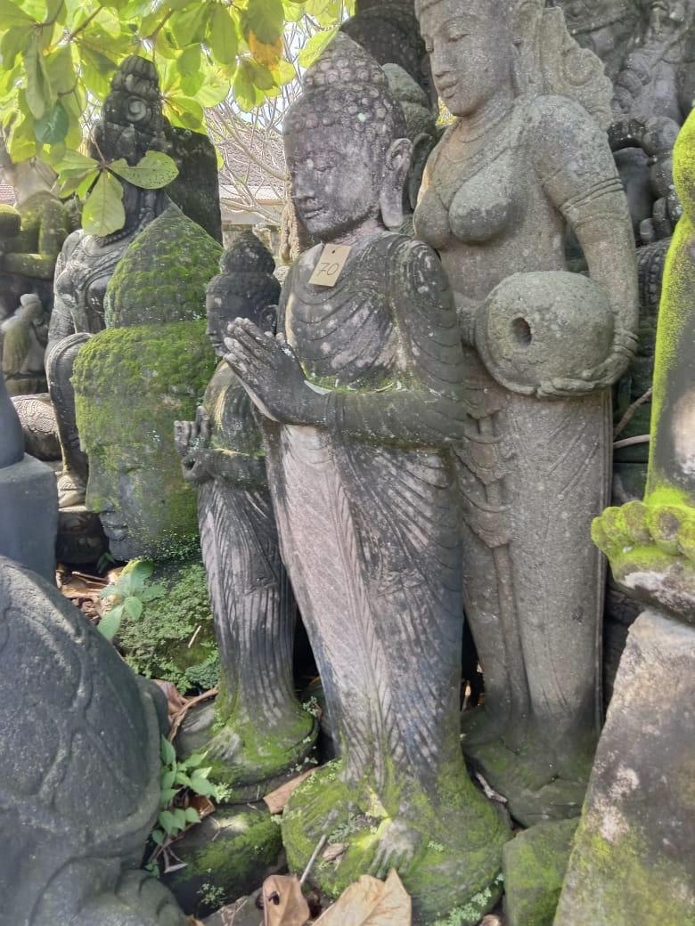 Buddha grüßend mit Monsoonfinish 140 cm