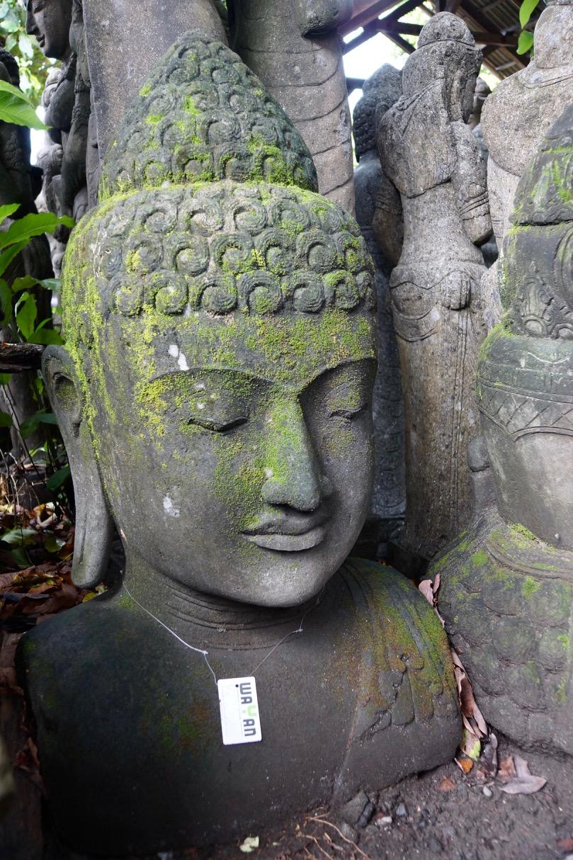 Steinbüste Buddhafigur