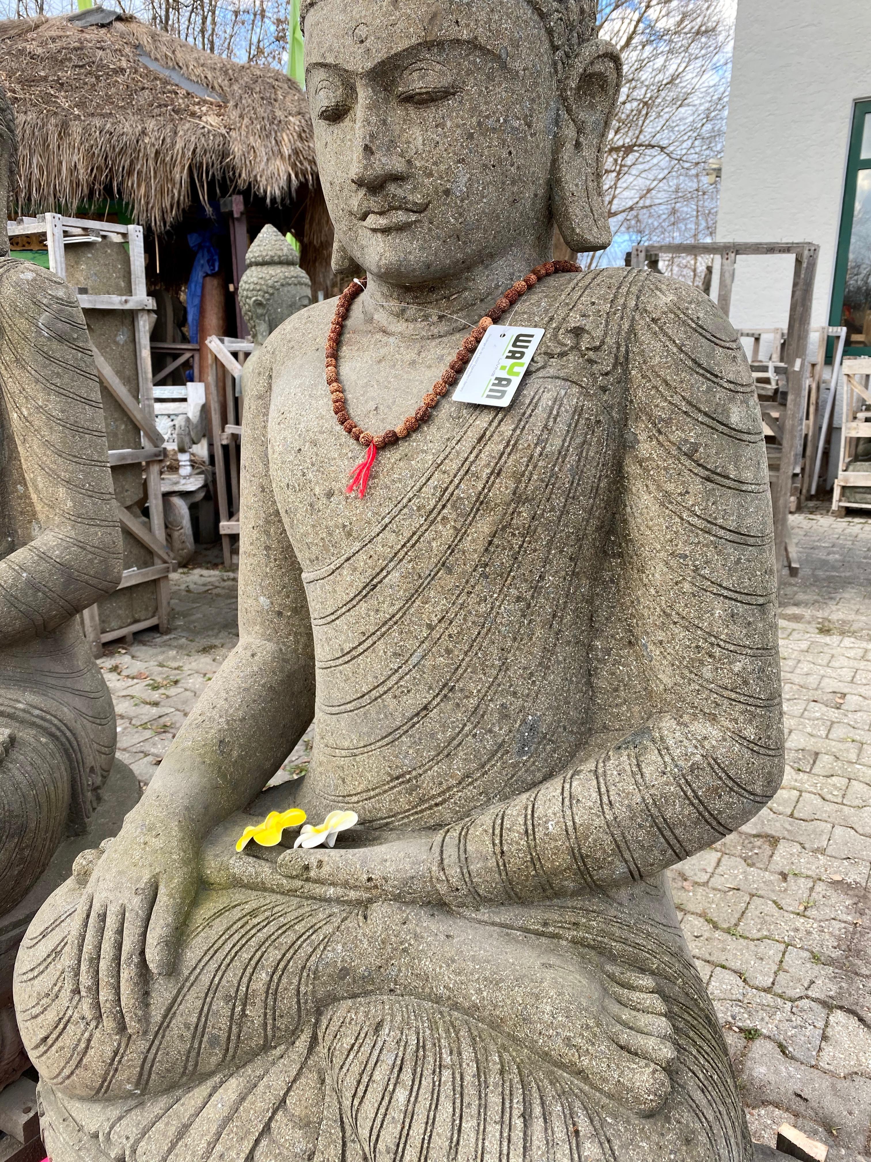 großer Buddha im Lotussitz Gartenfigur 150 cm