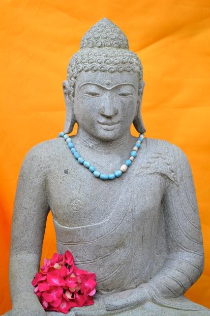 Gartenbuddha Steinstatue