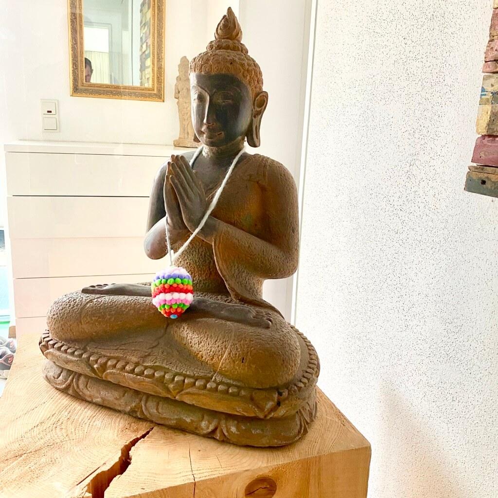 Buddha Steinstatue mit Flamme 70 cm