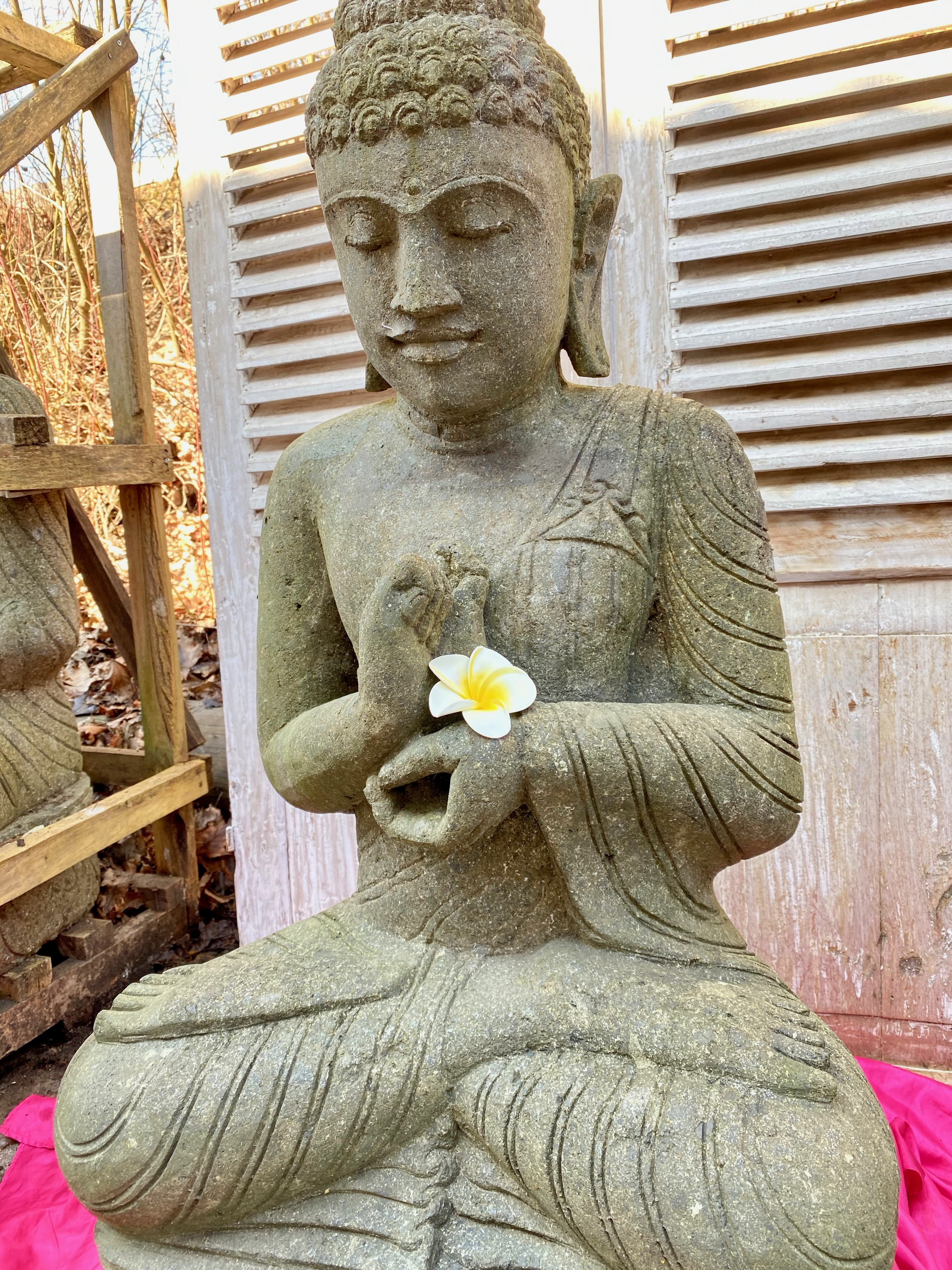Gartenbuddha Skulptur im Buddha Shop 100 cm