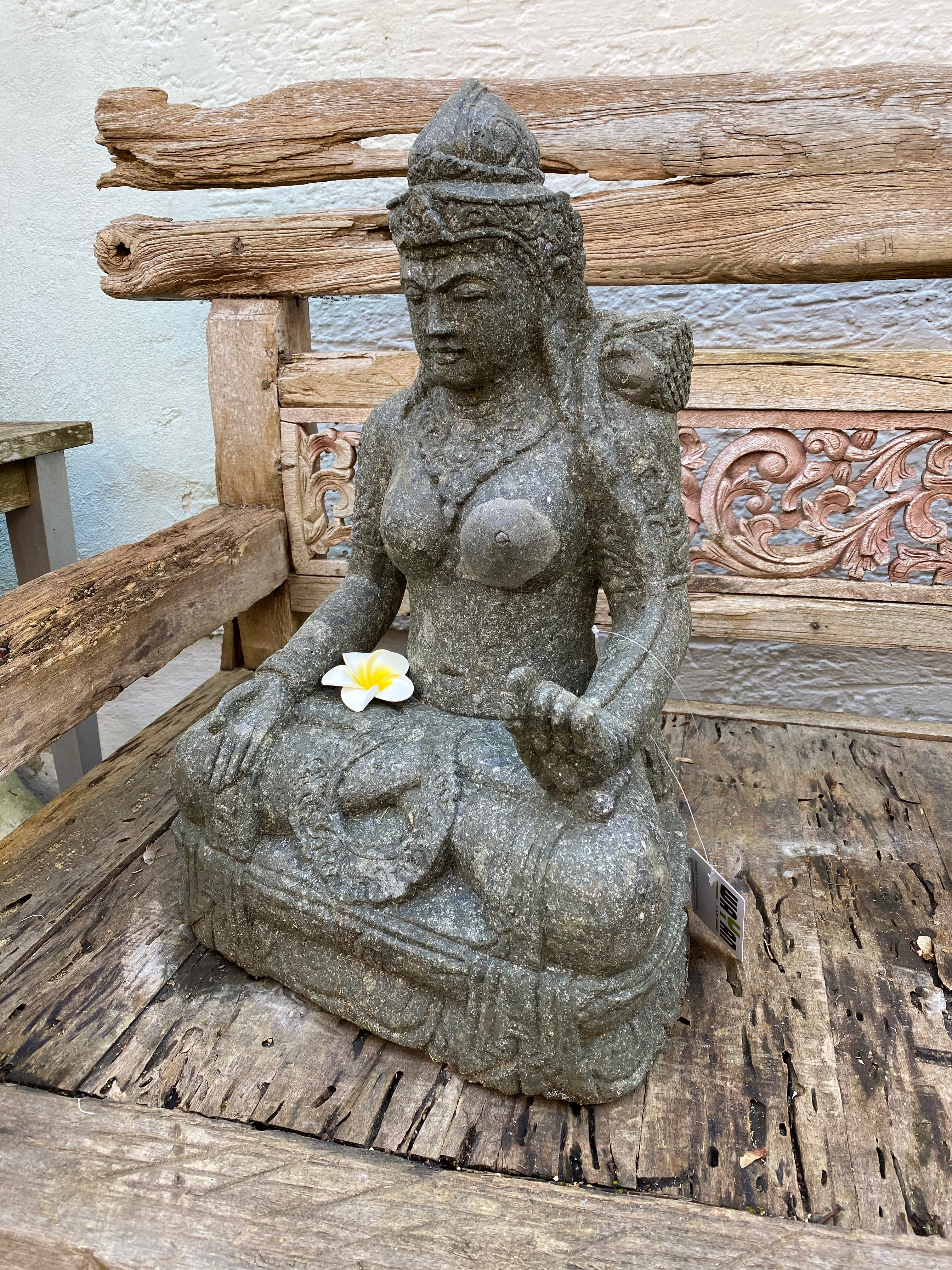 Göttin Dewi Steinstatue 60 cm