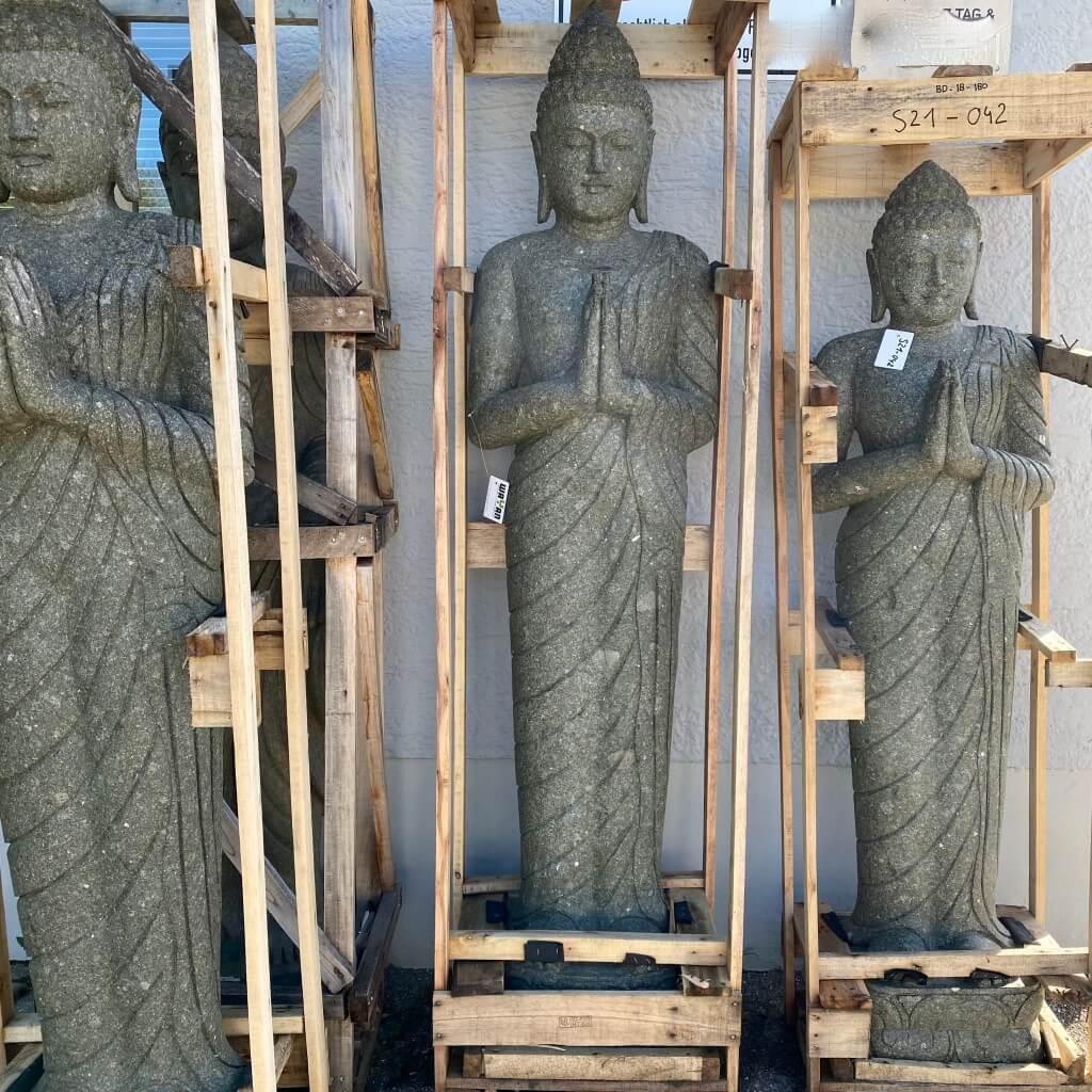 grüßender Balibuddha stehend 202 cm