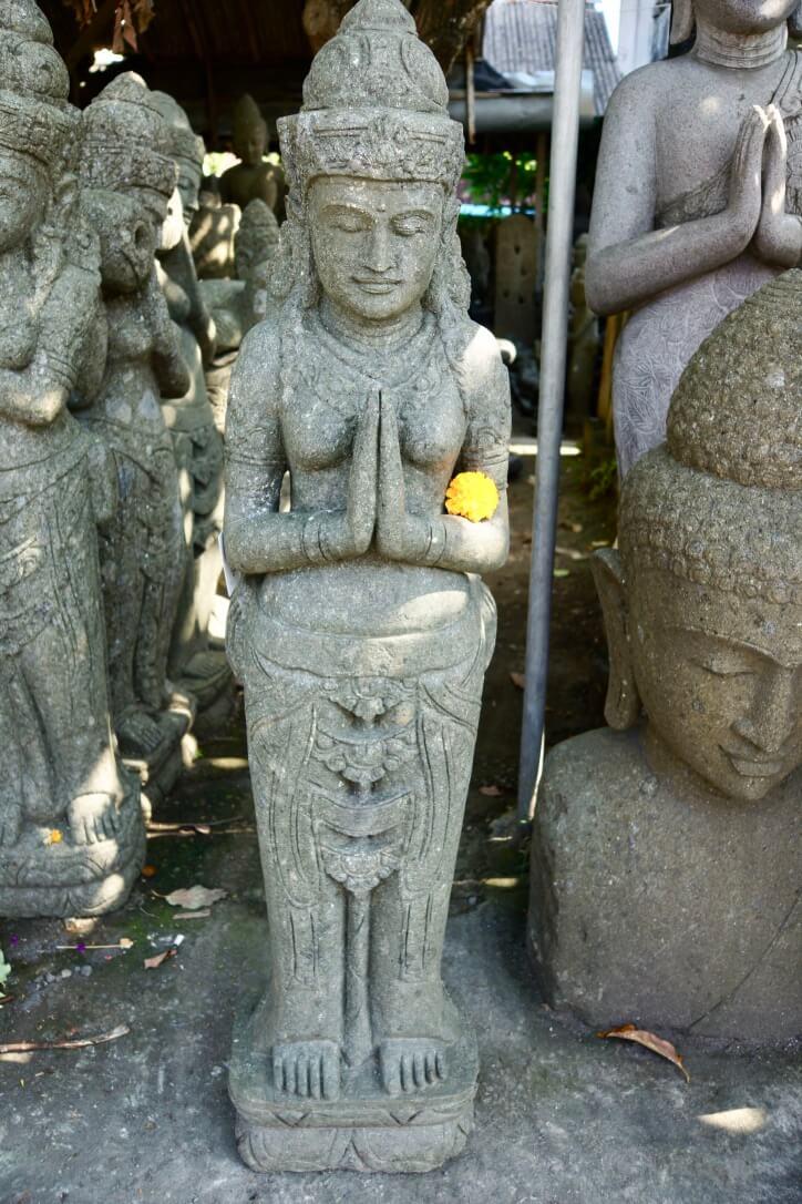 Göttin Dewi grüßend 154 cm