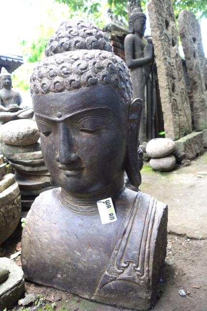 Buddhabüste für den Asiagarten