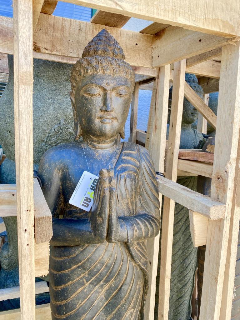Buddhaskulptur grüßend 150 cm