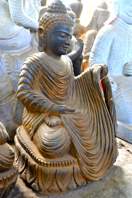 original Buddha aus Stein