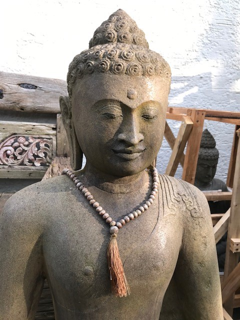 Bali Buddha handgeschlagen