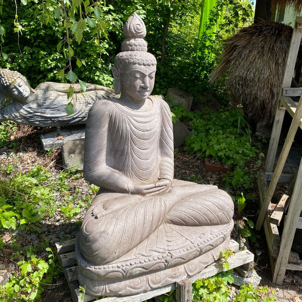 Thai Style Buddha Skulptur  aus Flussstein 120 cm