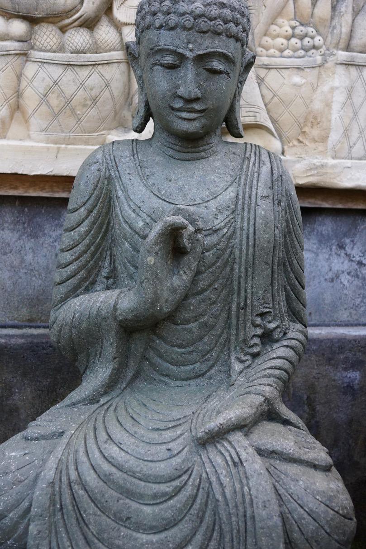 Buddha Steinstatue