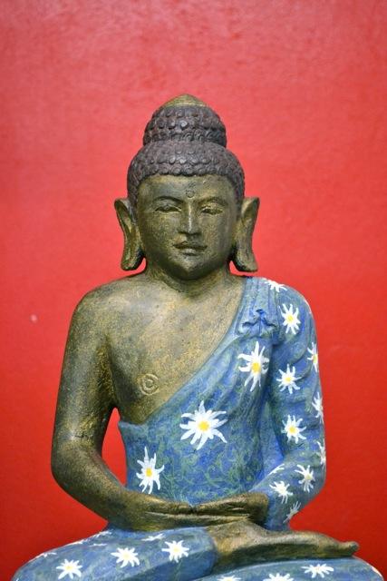 Steinbuddha handbemalt