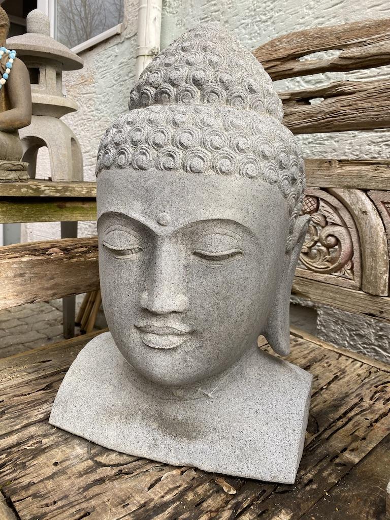 Buddhakopf weisser Flussstein 60  cm