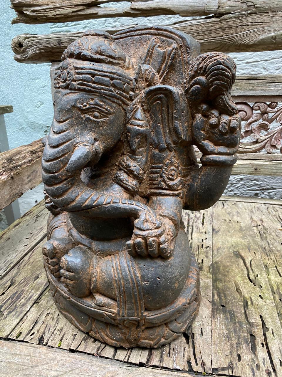 Elefant Ganesha aus Stein
