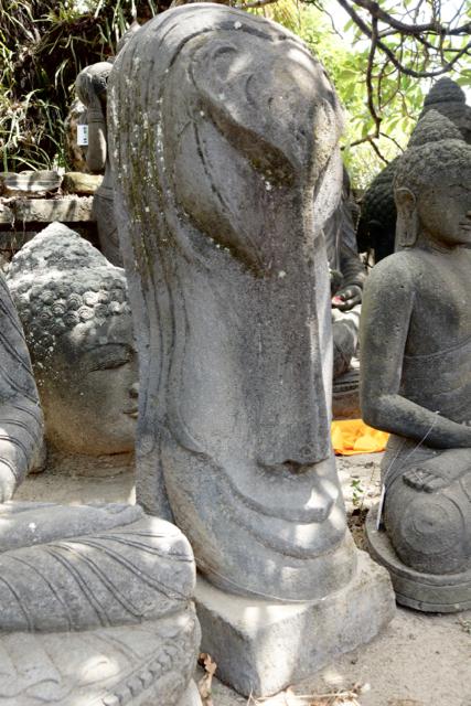 Osterinsel Kopf Moai Skulptur für den Garten 100 cm