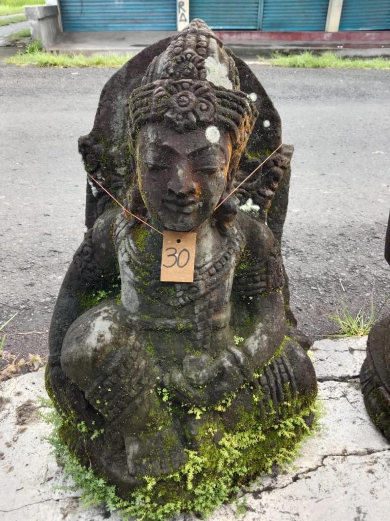 Göttin Dewi mit Monsoonfinish 70 cm