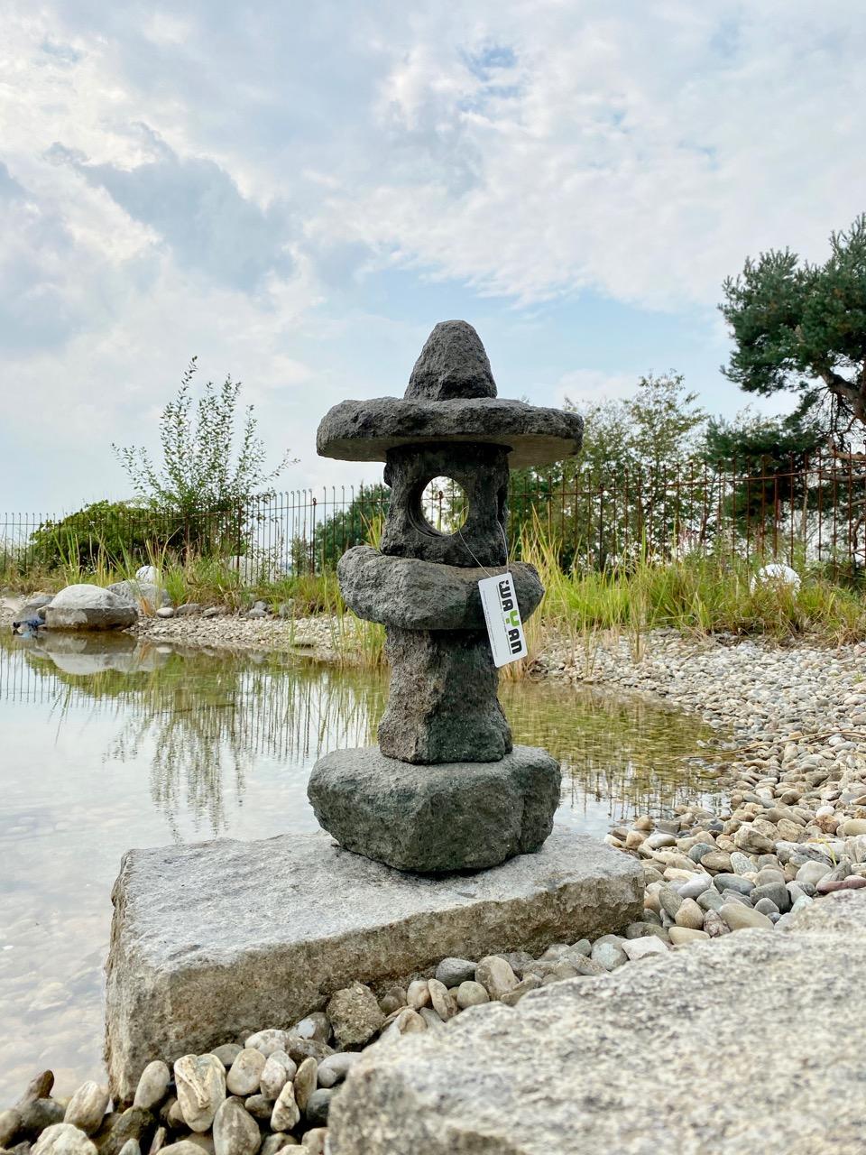 Steinlaterne für den Japangarten