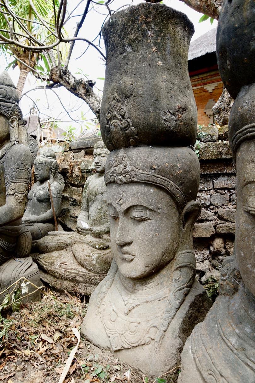 Steinstatue Büste Dewi 150 cm