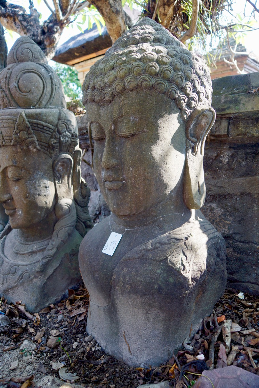 Buddhabüste Stein