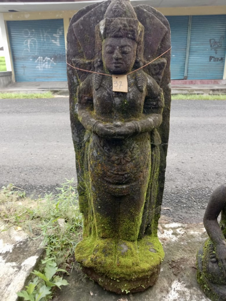 Göttin Dewi mit kosmischer Energie 106 cm