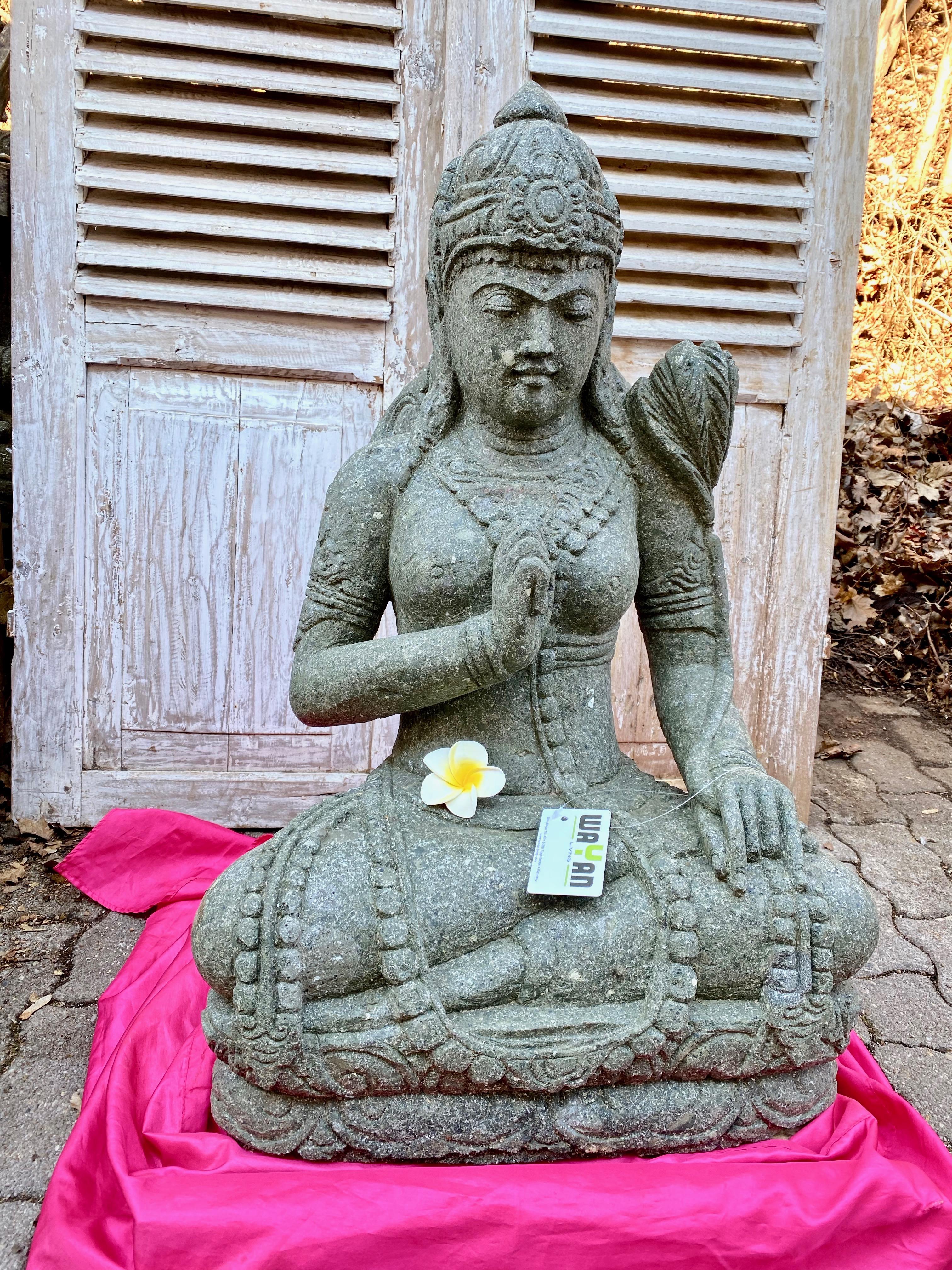 elegante Steinstatue Dewi 80 cm