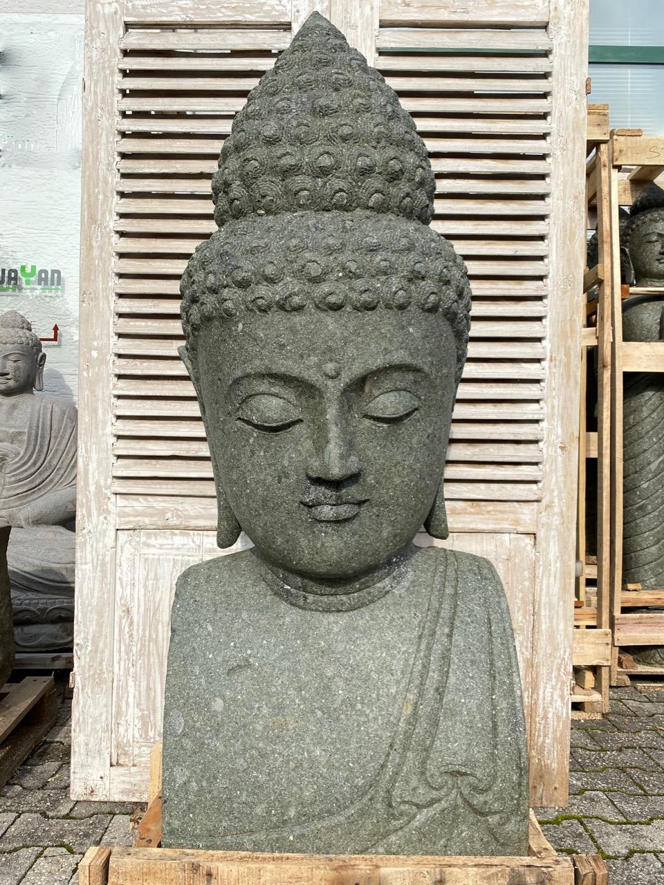 monumentaler Buddha aus Stein