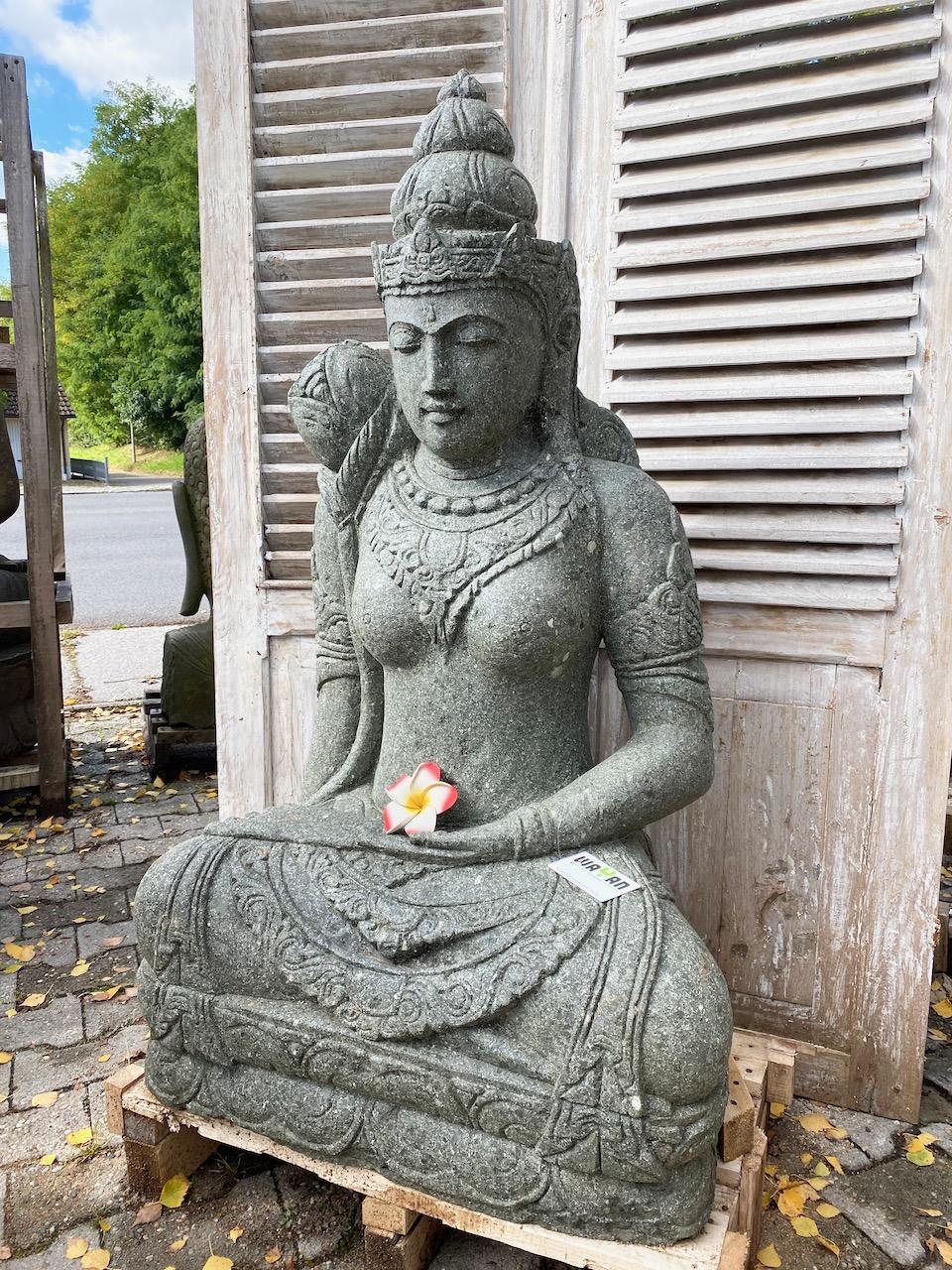Göttin Dewi Steinfigur 120 cm