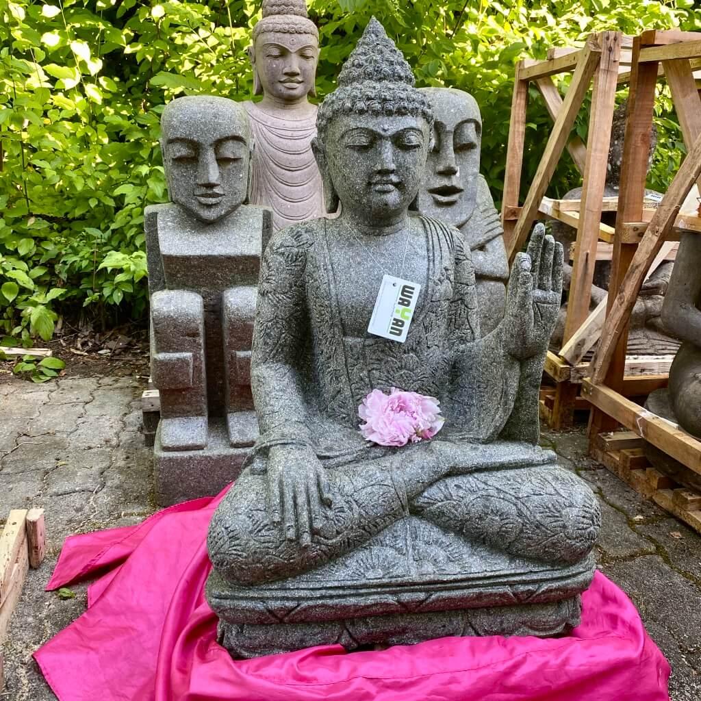Buddhaskulptur in Gewährungsgeste 86 cm