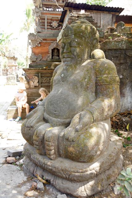 Tempelwächter Steinstatue