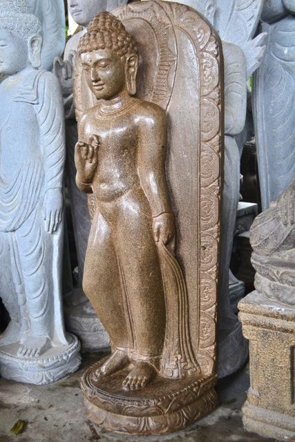 Relief Buddhafigur handgemeisselt