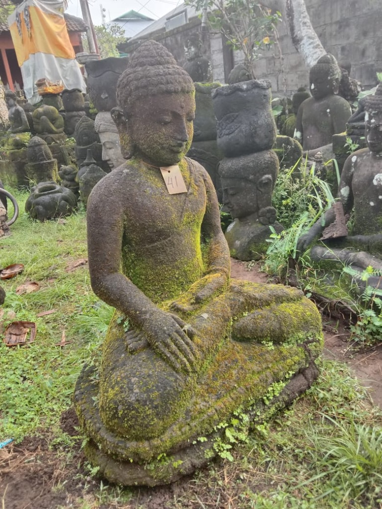 Borobudur Buddhastatue mit Monsoonfeeling 85 cm