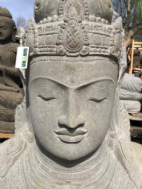 handgeschlagene Gartenskulptur Göttin Dewi