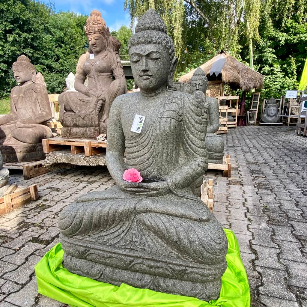 Buddha Steinstatue in meditierender Haltung 125 cm