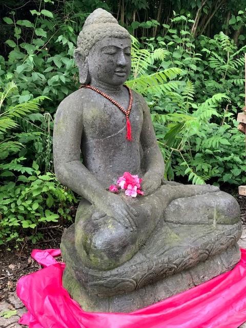 echte Steinmetzkunst Buddhastatue groß