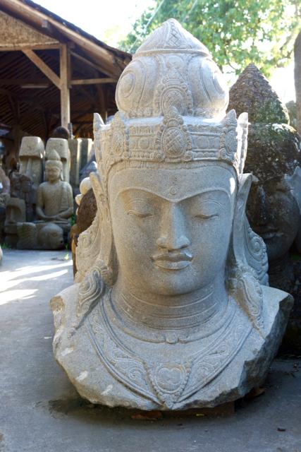Einzelstück aus weissem Riverstone Steinfiguren