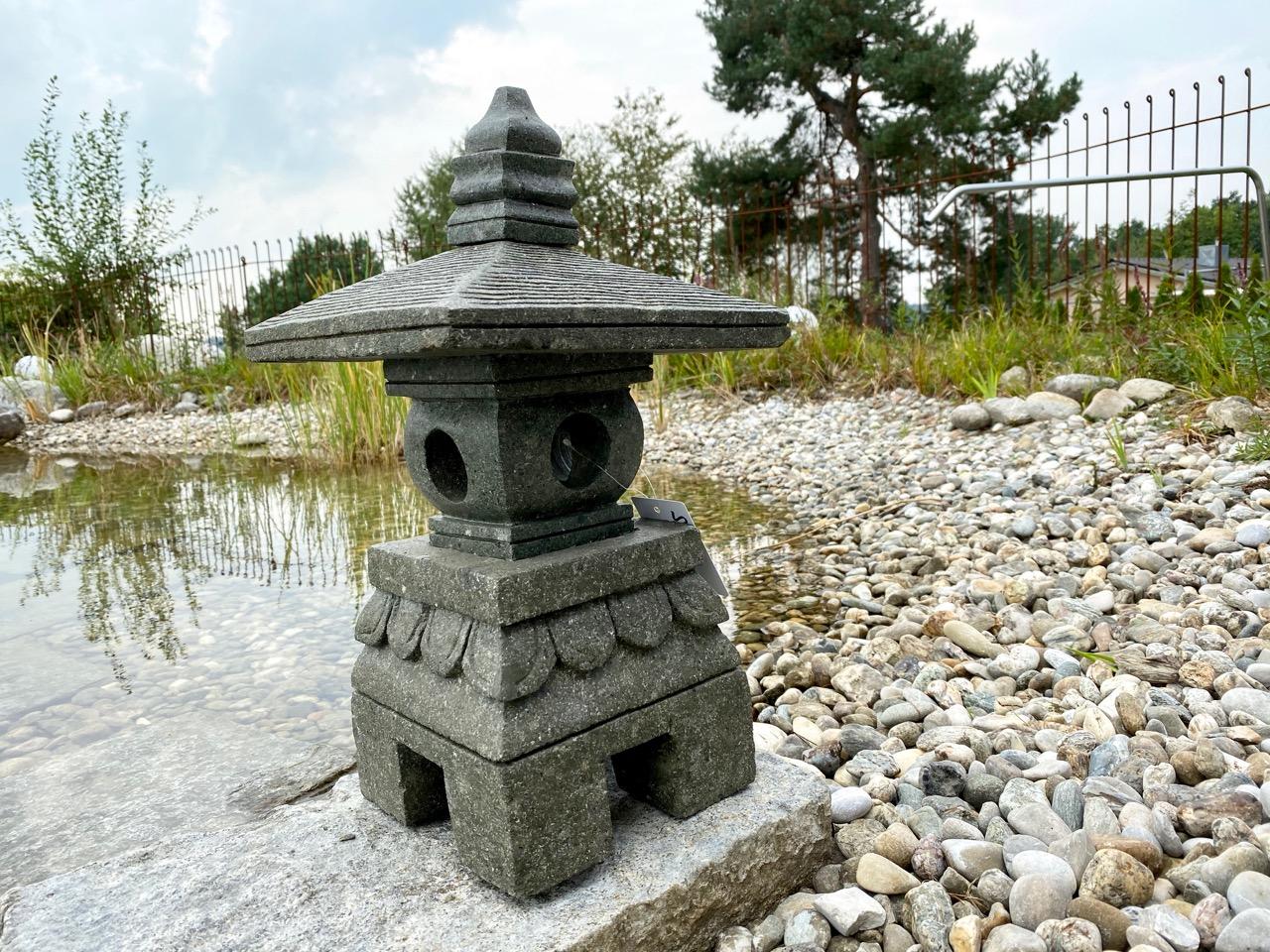 Steinlaterne ZEN wie Tempelanlagen